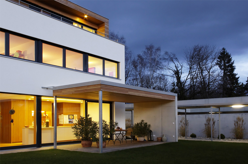 PA Luxusimmobilien RE/MAX - Einfamilienhaus - REMAX Immowest